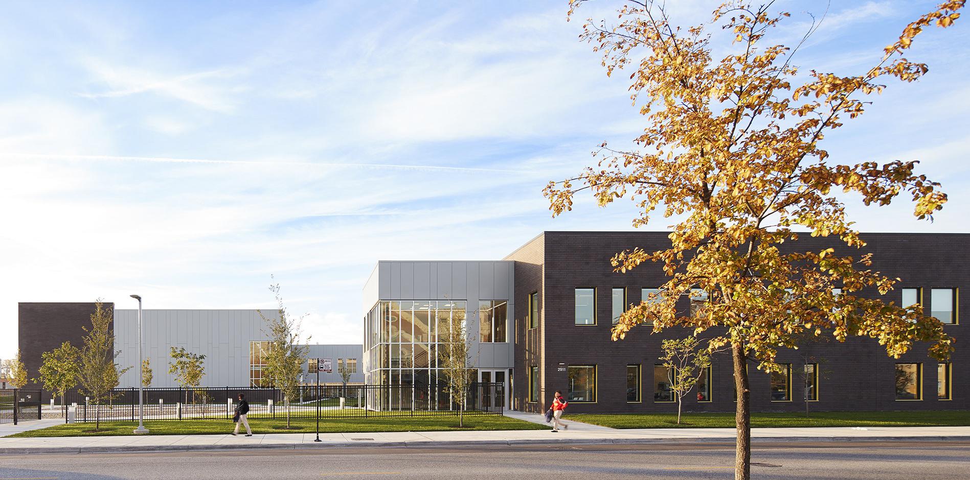 Wheeler Kearns Architects, Mansueto High School